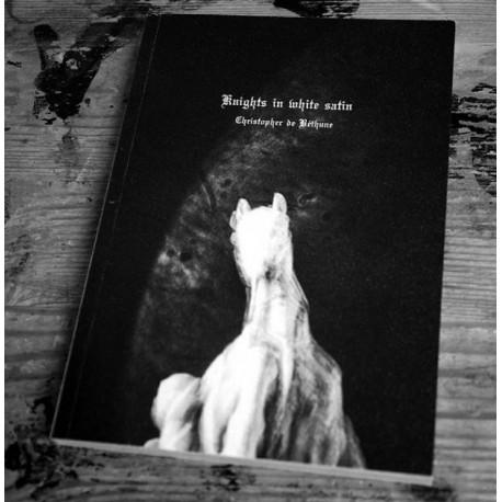 Christopher de Béthune - Knights in White Satin (Dienacht Publishing, 2017)