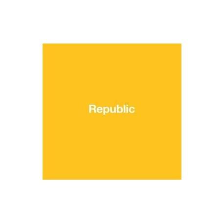 Ren Hang - Republic (Editions du LIC, 2012)