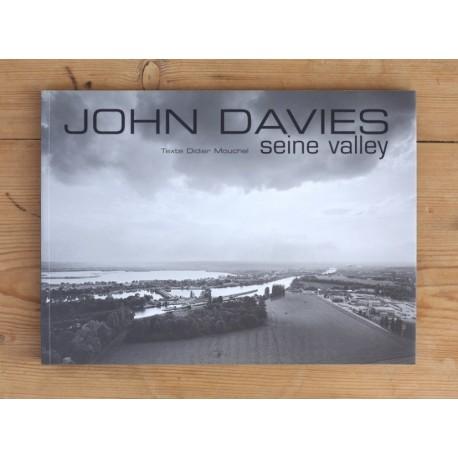 John Davies - Seine Valley (Le Point du Jour, 2002)