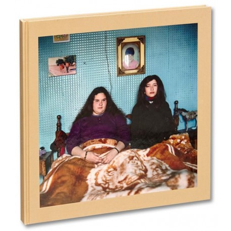 Alessandra Sanguinetti - The Adventures of Guille and Belinda and The Illusion of an Everlasting Summer (Mack, 2020)