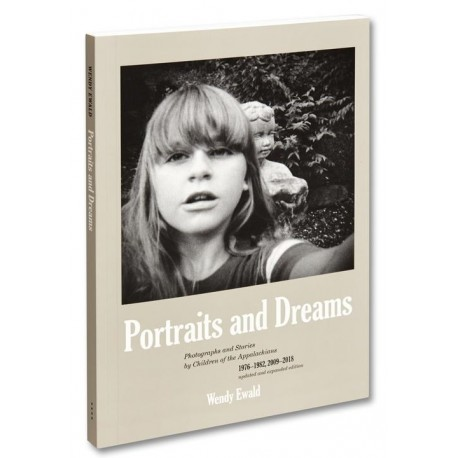 Wendy Ewald - Portraits and Dreams (Mack, 2020)