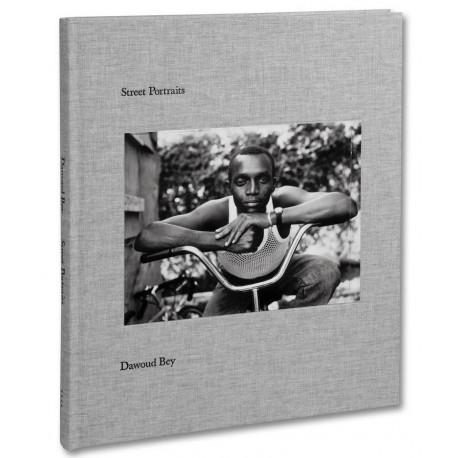 Dawoud Bey - Street Portraits (Mack, 2021)